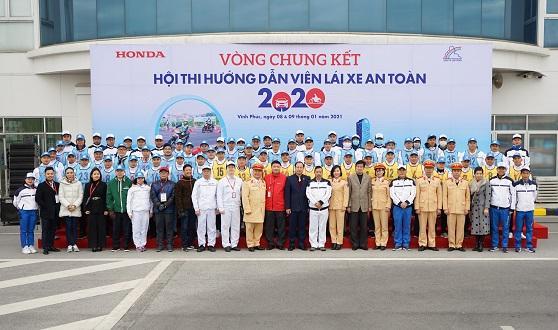 """Honda Việt Nam tổ chức Vòng chung kết Hội thi  """"Hướng dẫn viên Lái xe an toàn năm 2020"""